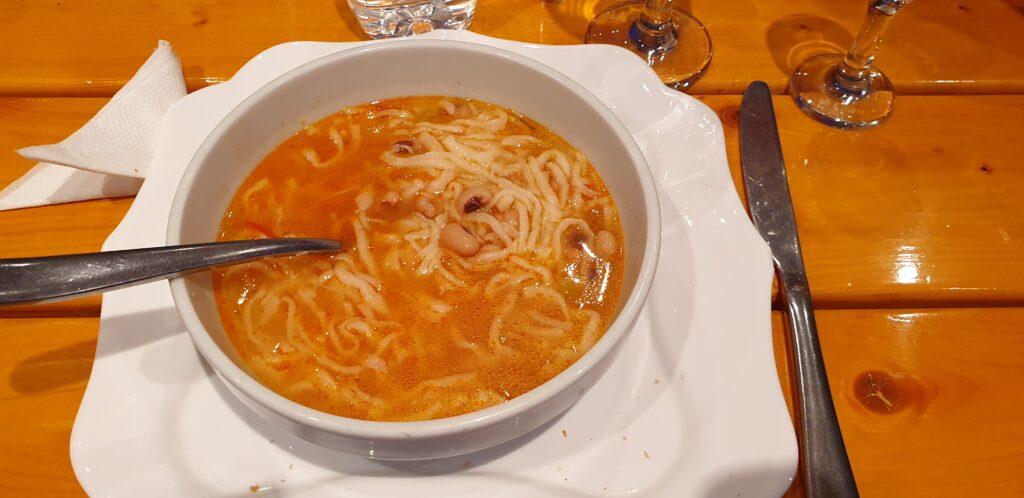 Lagnam suppe