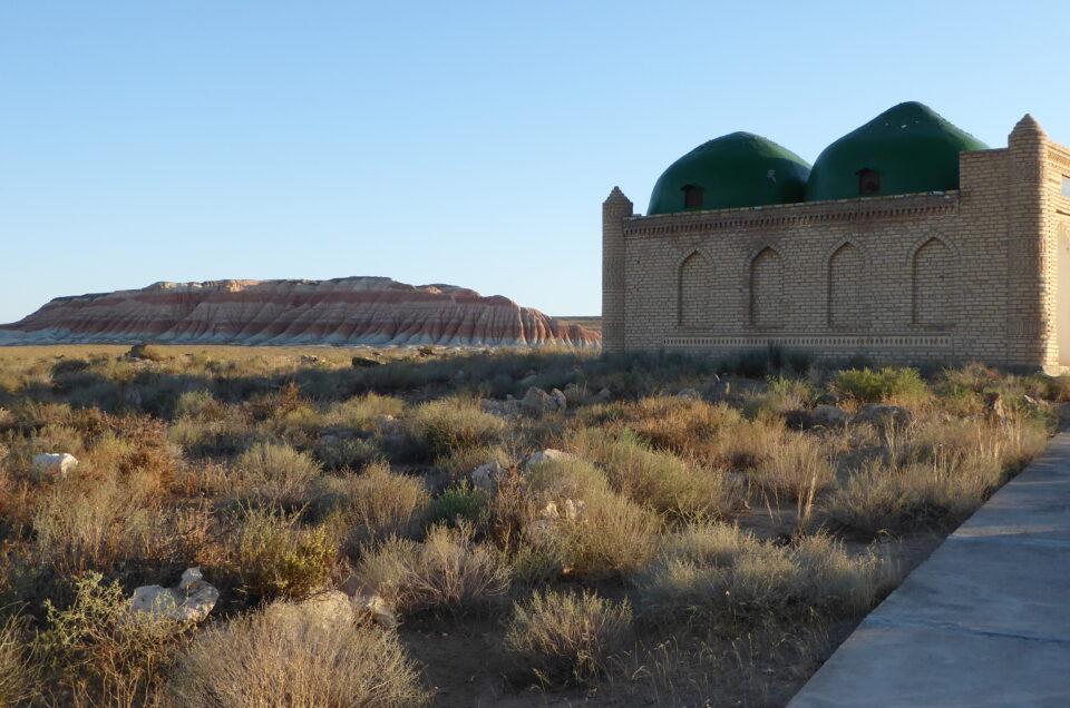 Gözli Ata Mausoleum